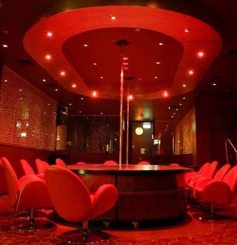 club atemlos rooms of devotion