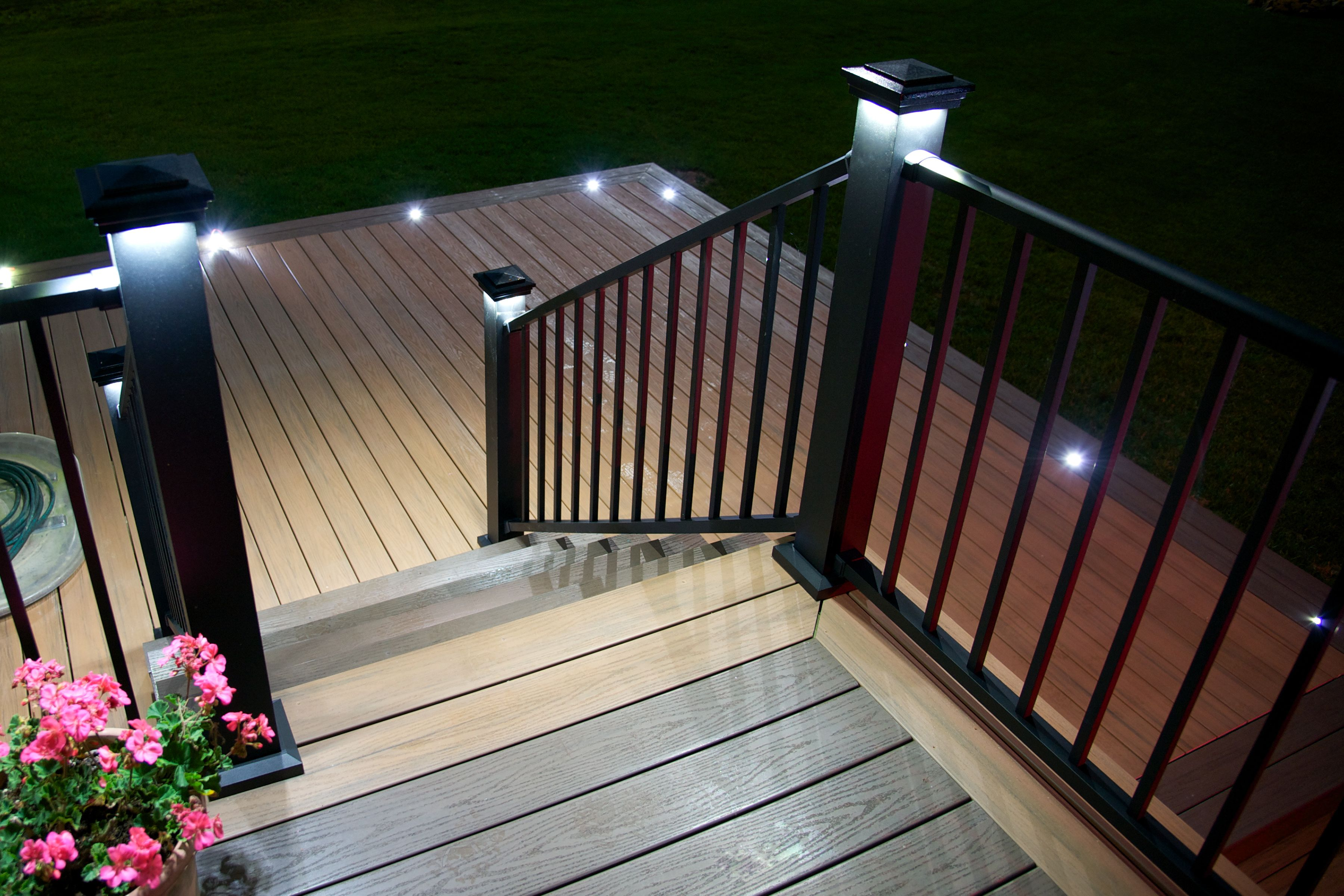 Aluminum Stair Rails With Lighted Caps