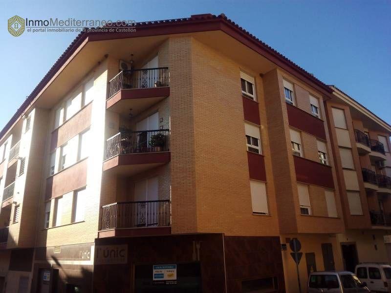 Piso en Borriol por 100.000 € 2 habitaciones y 2 baños http://bit.ly/1WW9yLA