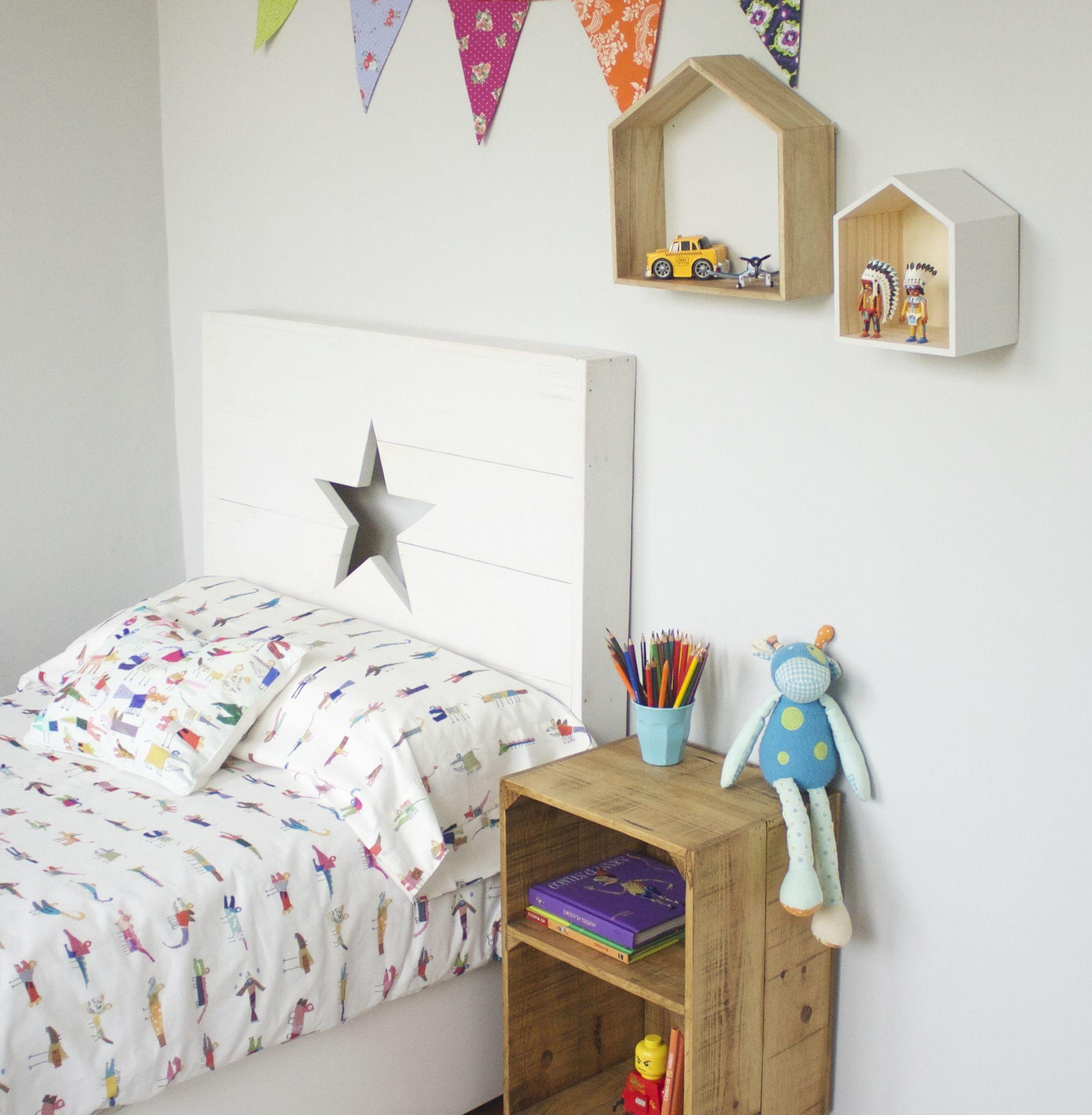 Cabecero Infantil De Madera Con Luz En Su Interior Habitaciones