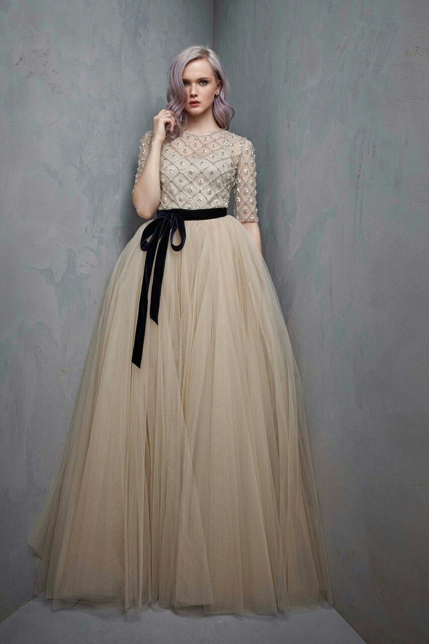 Fashion dress for wedding party  Pin by luci on gowns  Pinterest  Gowns and Wedding