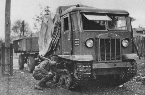 Soviet tracked artillery tractor STZ - 5   Soviet red army, Red ...
