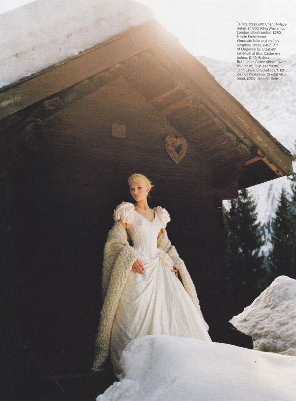 Pretty Chic Blog Modern Scandinavian Weddings Archive Snehvide Wedding Nordic Wedding Scandinavian Wedding