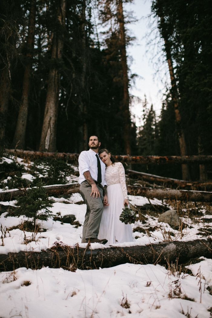 Winter elopement at snowy Estes Park | Image by  From The Daisies