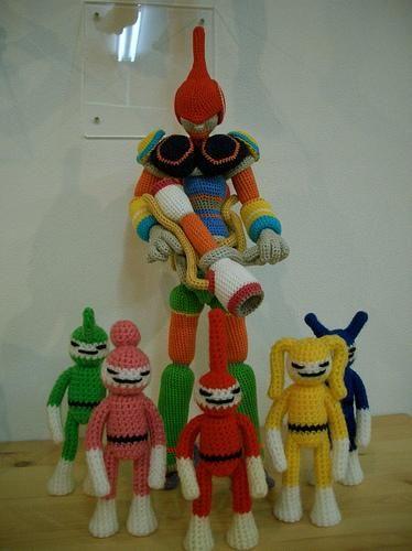 De Knitting Doll Factory  http://www.flickr.com/photos/m19680621/