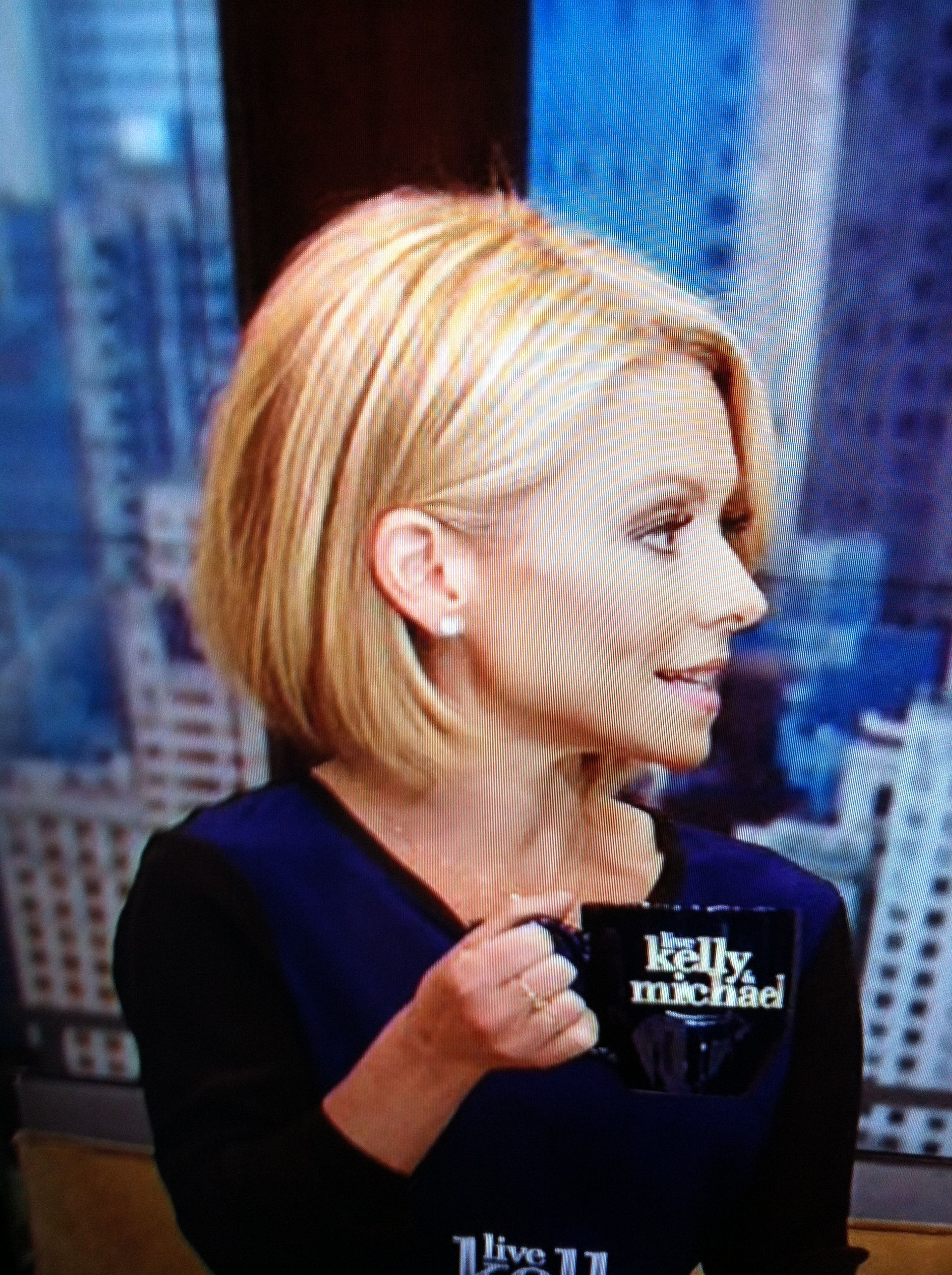 Pin On Kelly Ripa Hair