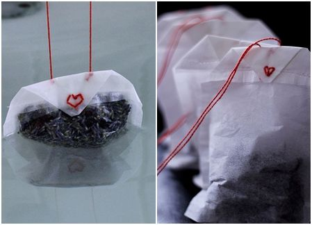 3. Bathtub Tea. The contents of these tea bags are dried lavender flowers, dried hyacinth flowers, bath salts, and bath beads. Of course, you can also concoct your own mix of bathtub scents and flowers. You will also need large tea bags for this project.