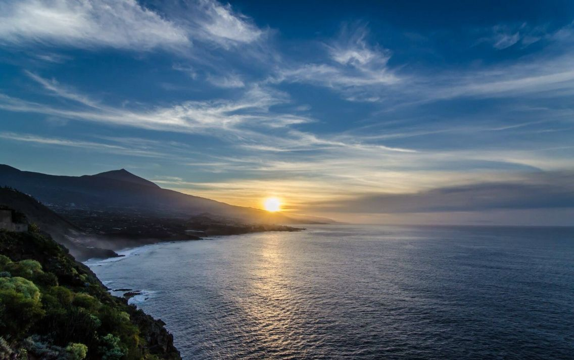 Puesta De Sol Norte De Tenerife Islas Canarias Tenerife
