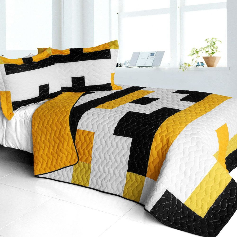 Yellow Croaker 3PC Vermicelli Quilted Patchwork Quilt Set in Full/Queen Size