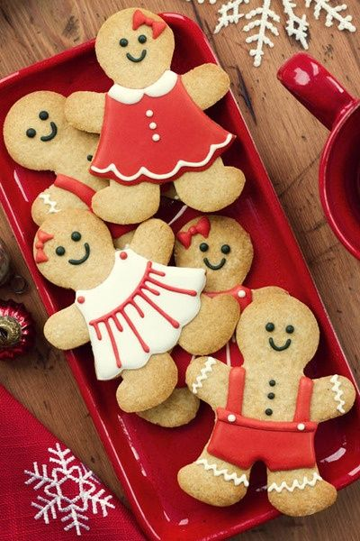 Delicious Gingerbread Cookies! Can also make for Valentine's Day! So cute! :) Here is recipe