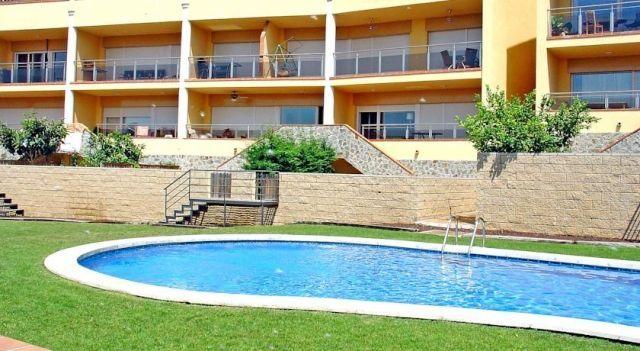 Apartment Sun Village I Palau Sabardera - #Apartments - $86 - #Hotels #Spain #Palau-Saverdera http://www.justigo.ca/hotels/spain/palau-saverdera/apartment-sun-village-i-palau-sabardera_16851.html