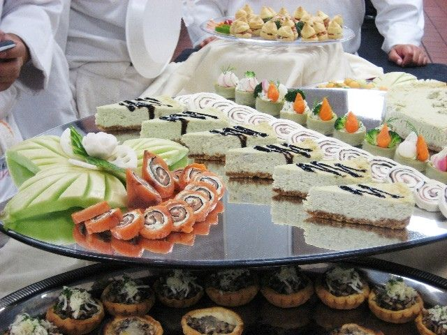 culinary class presentation of hors doeuvre platter for garde manger catering party foods. Black Bedroom Furniture Sets. Home Design Ideas
