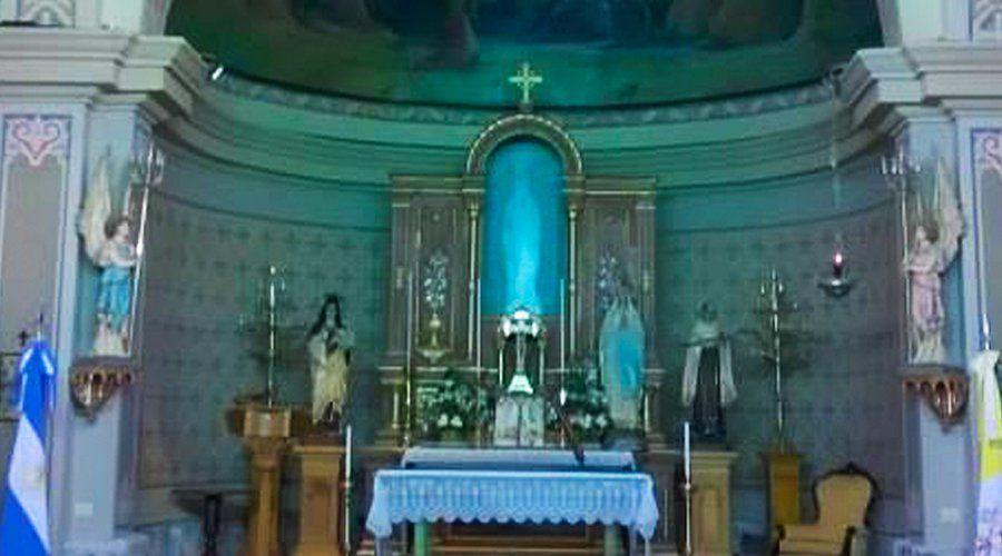 Estatua De La Virgen De Lourdes Estremece Argentina No Está Pero Todos La Ven Argentina Alta Gracia Estatuas