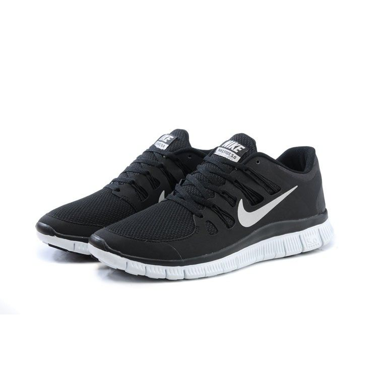 nike free trainer 5.0 black and white womens