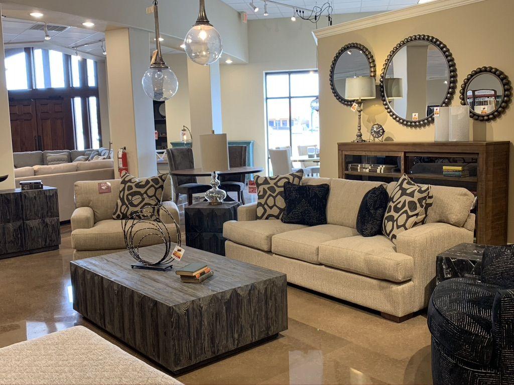 Brashears Showroom In 2020 Home Home Decor Inspiration Home Decor