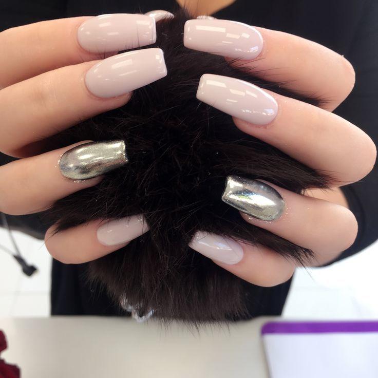 unas-espejo-combinadas-con-otras-unas | Colores de uñas, Fotos de ...