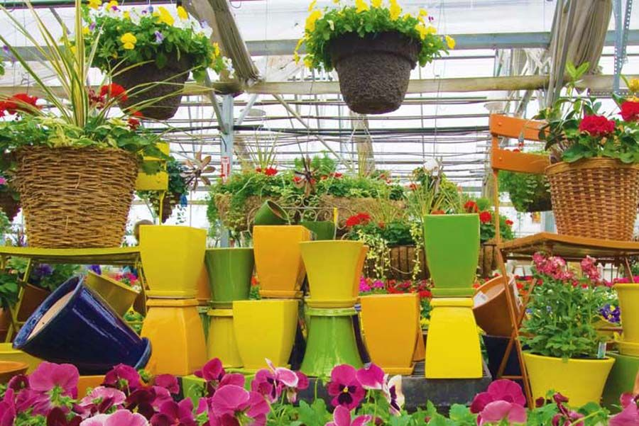 Garden Center - Pottery & Statuary | Store display ideas | Pinterest ...