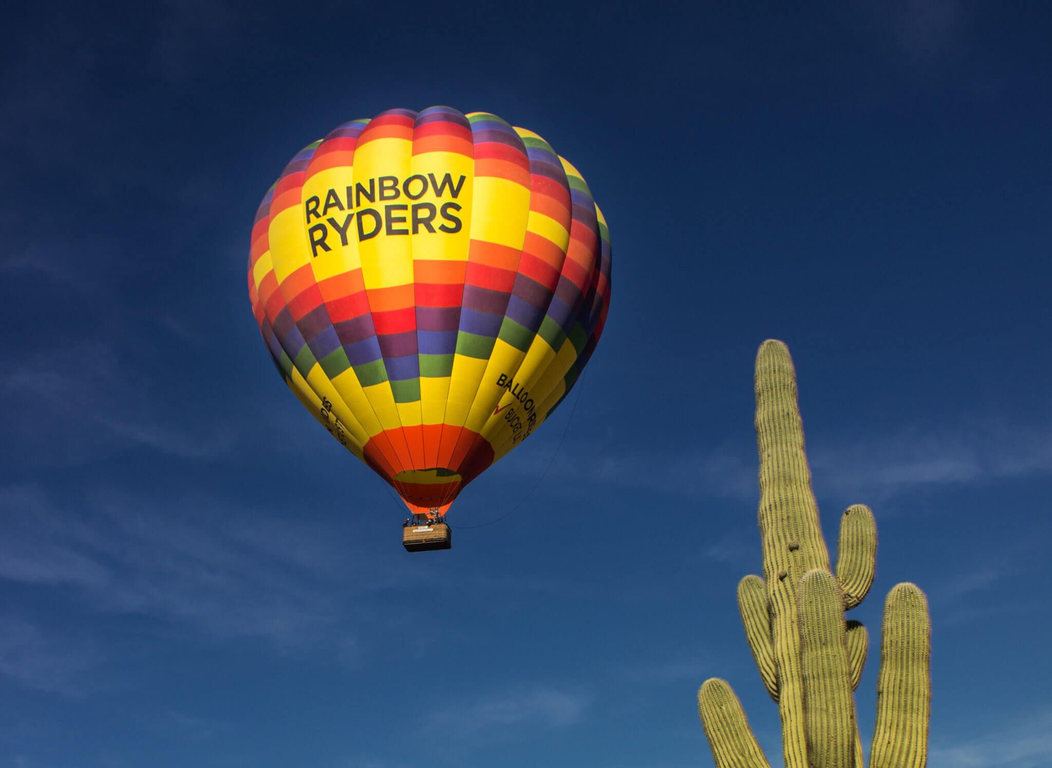 Take a memorable hot air balloon ride in Phoenix and let