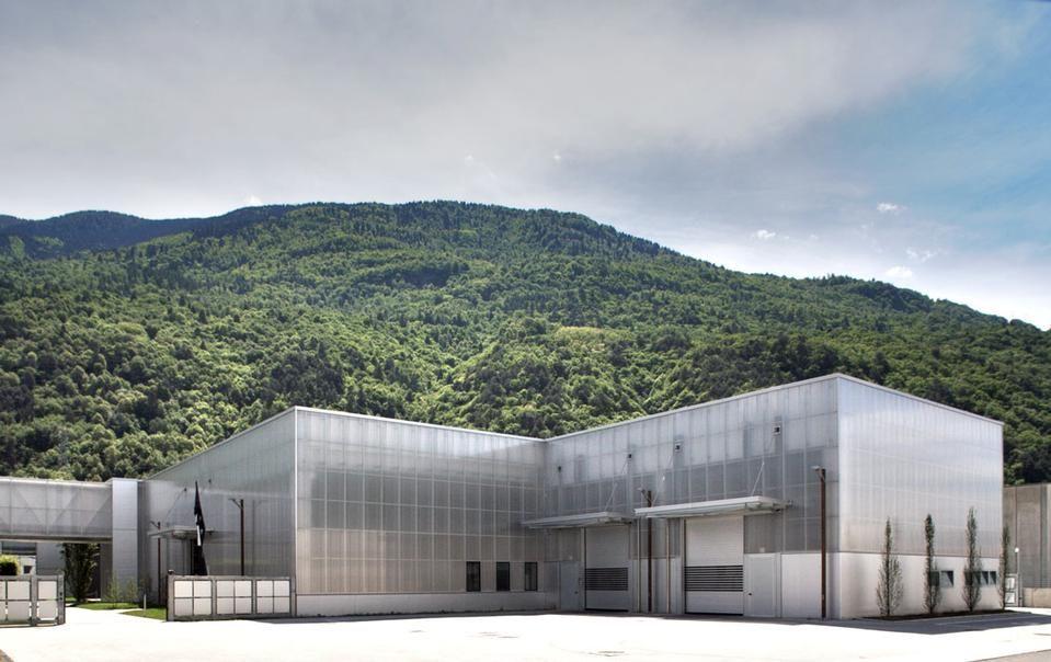 Arturo Montanelli, Francesco Renzi: industrial buildings, Talamona (SO)