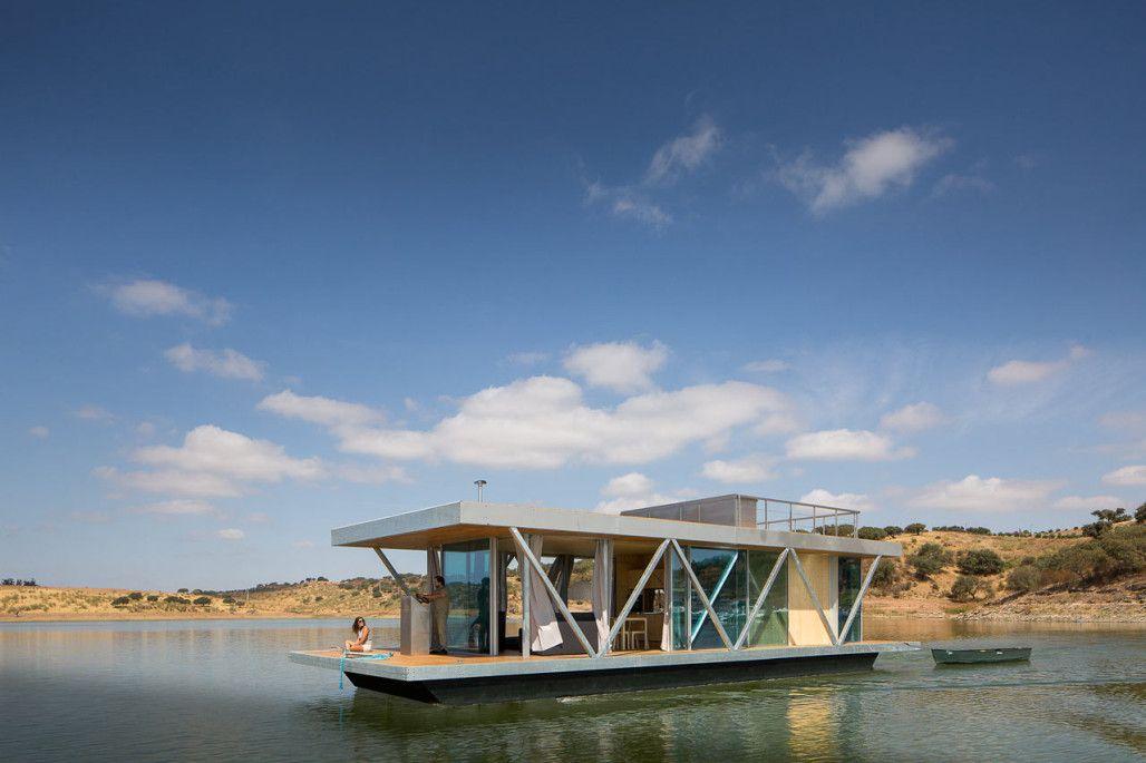 A Custom Modern Floating House By Friday Floating Architecture Floating House House Boat