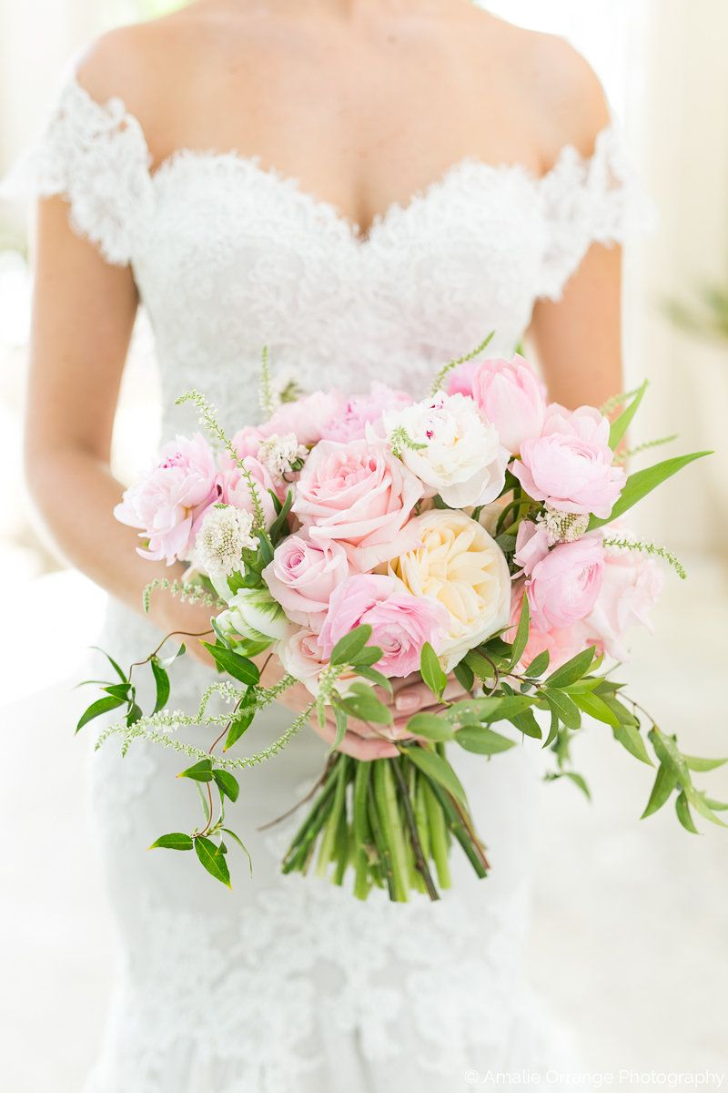 Bouquet of light pink roses