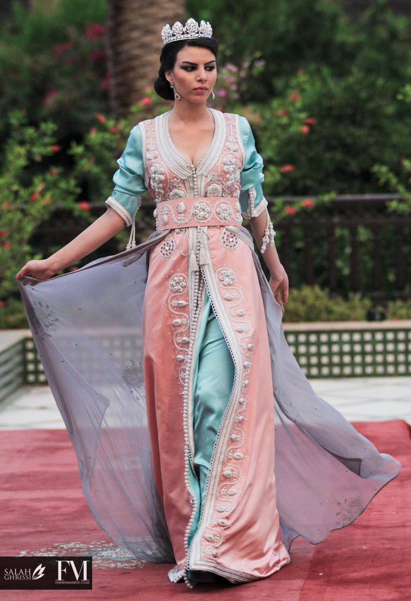 Pin by maysa bouchama on caftan pinterest