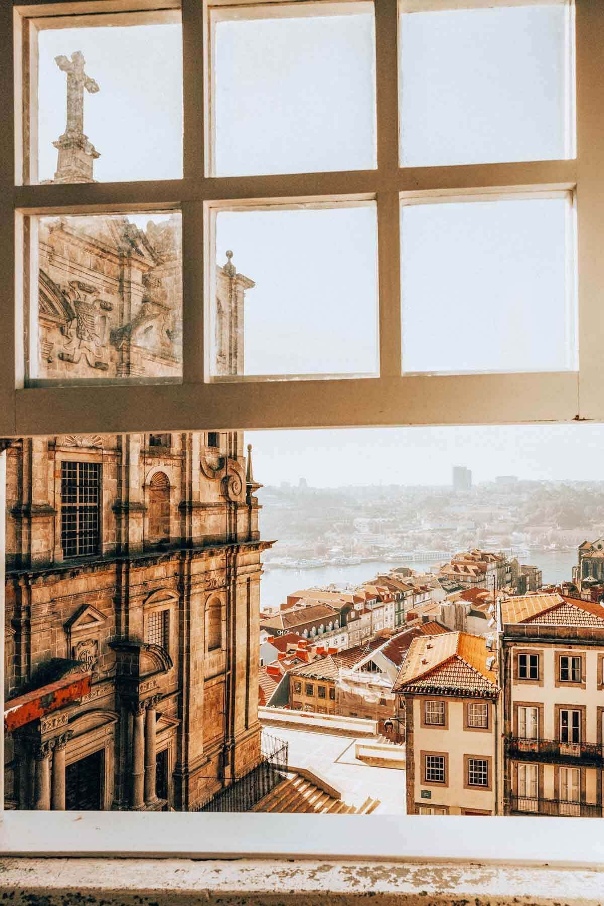 Top 10 Things to do in Porto, Portugal Visiting Porto is one of the best things to do in Portugal! If you're looking for a new vacation spot that's still flying under the radar, look no further than Portugal! A lot of people haven't caught on to just how amazing Portugal is. As you know, […] The post Top 10 Things to do in Porto, Portugal appeared first on Avenly Lane Travel.