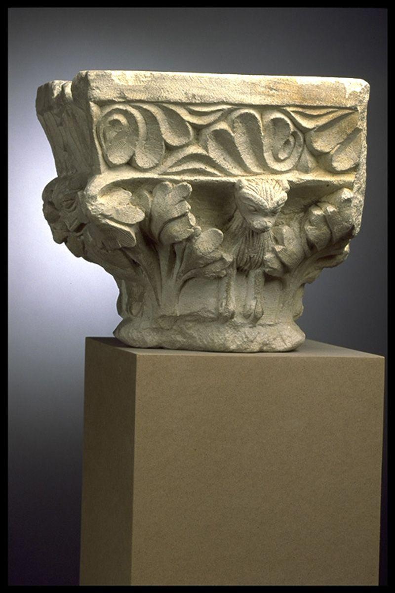 Anonyme, Monstres dans les feuillages, pierre, bas-relief, taille directe, Inv. ME 315 (Ra  623 E). Non exposée. © Toulouse, musée des Augustins – Photo Daniel Martin