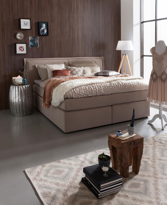 Das Fröhliche M Saarlouis | Räume | Schlafzimmer | Boxspringbett Mit  Kissen Set | Aus