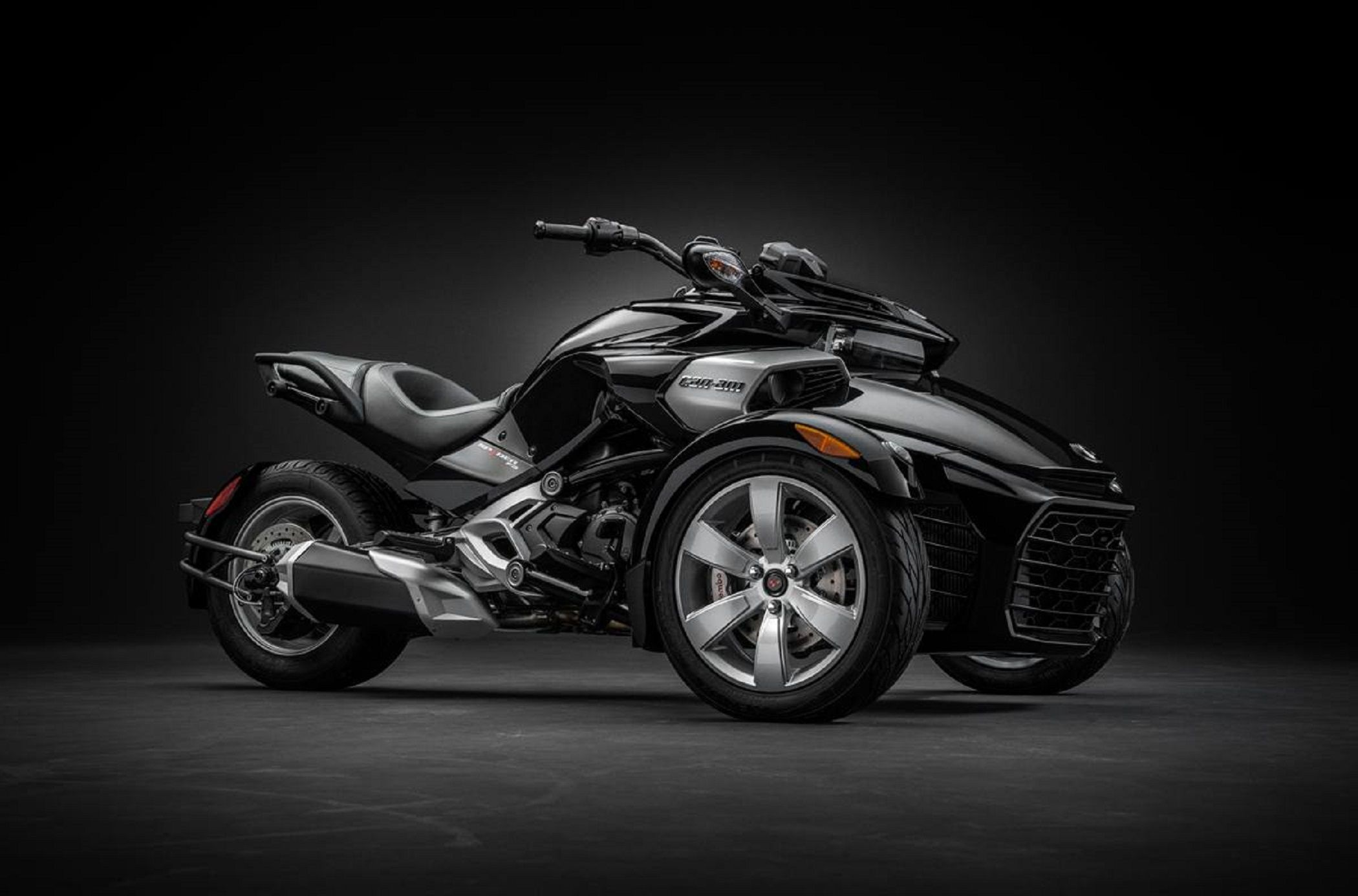 2017 can am spyder f3 sport cruising with a starting price of 19 299