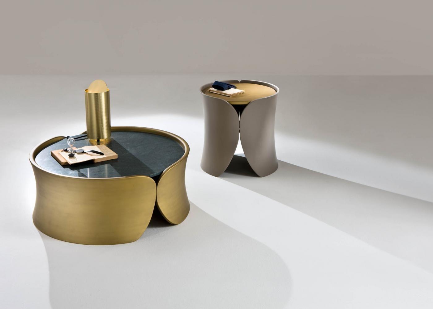 Furniture Coffee Tables Hugs Laurameroni Marble Top Coffee Table Low Coffee Table Round Coffee Table [ 1000 x 1400 Pixel ]