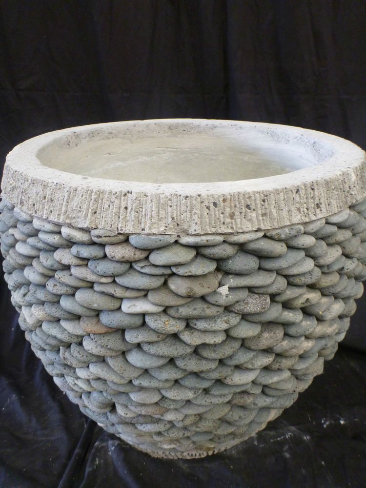 Balinese Stack Stone Garden Pot Pebble Planter Concrete Cement Circle H50cm