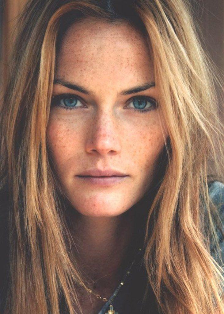 Mini and n portraits de femmes pinterest beaut beaux cheveux roux et cheveux roux - Coup de soleil dans les yeux ...