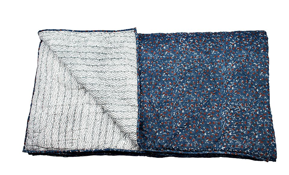 Plaid medium bleu - Gaby - Jamini Design - Visuel 1