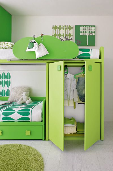 Bunk Bed Designs For Kids Room: Go Bold With Kelly Green, Chartreuse In Kid's Room