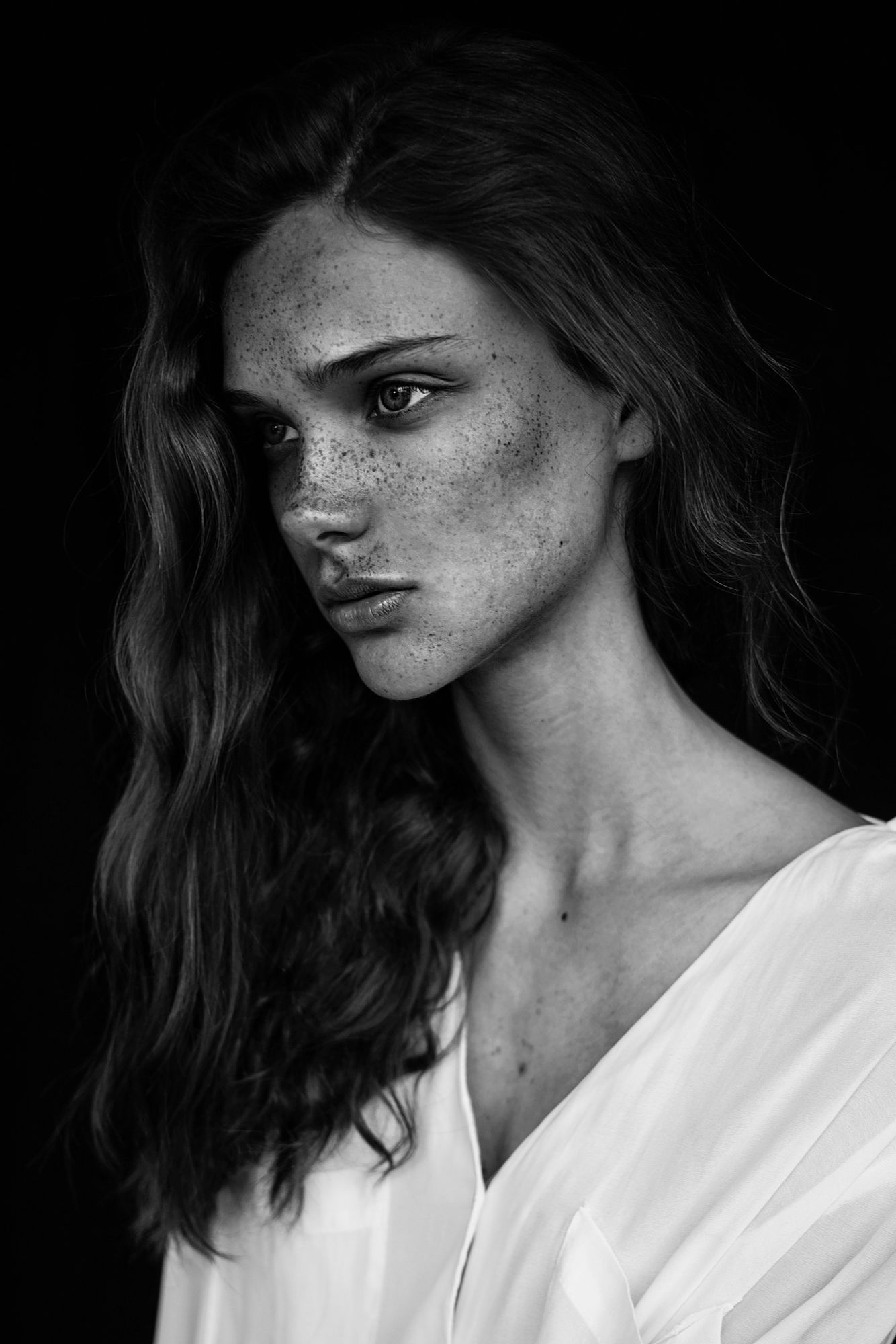 Photography: Agata Serge Model: Sara