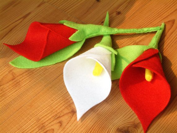 Felt calla lily and rose bouquetPDF Pattern and by OneHourCrafts