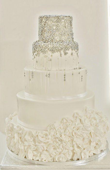 White/silver wedding cake | ...Or Silver | Pinterest | Wedding ...