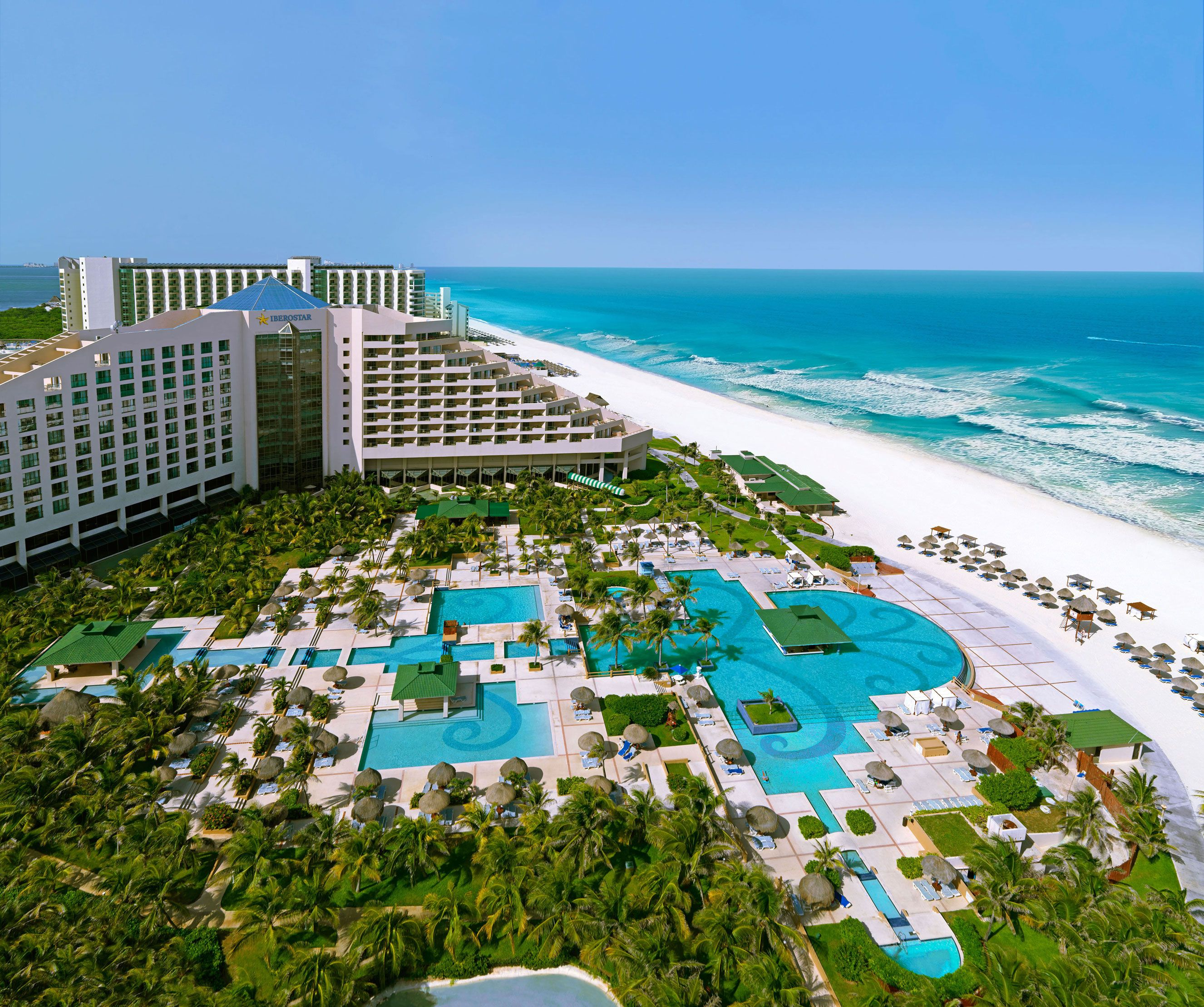 Iberostar Cancun Is A Top All Inclusive Wedding Honeymoon Resort Make Your Caribbean Destination Planning Easy With Honeymoons Inc