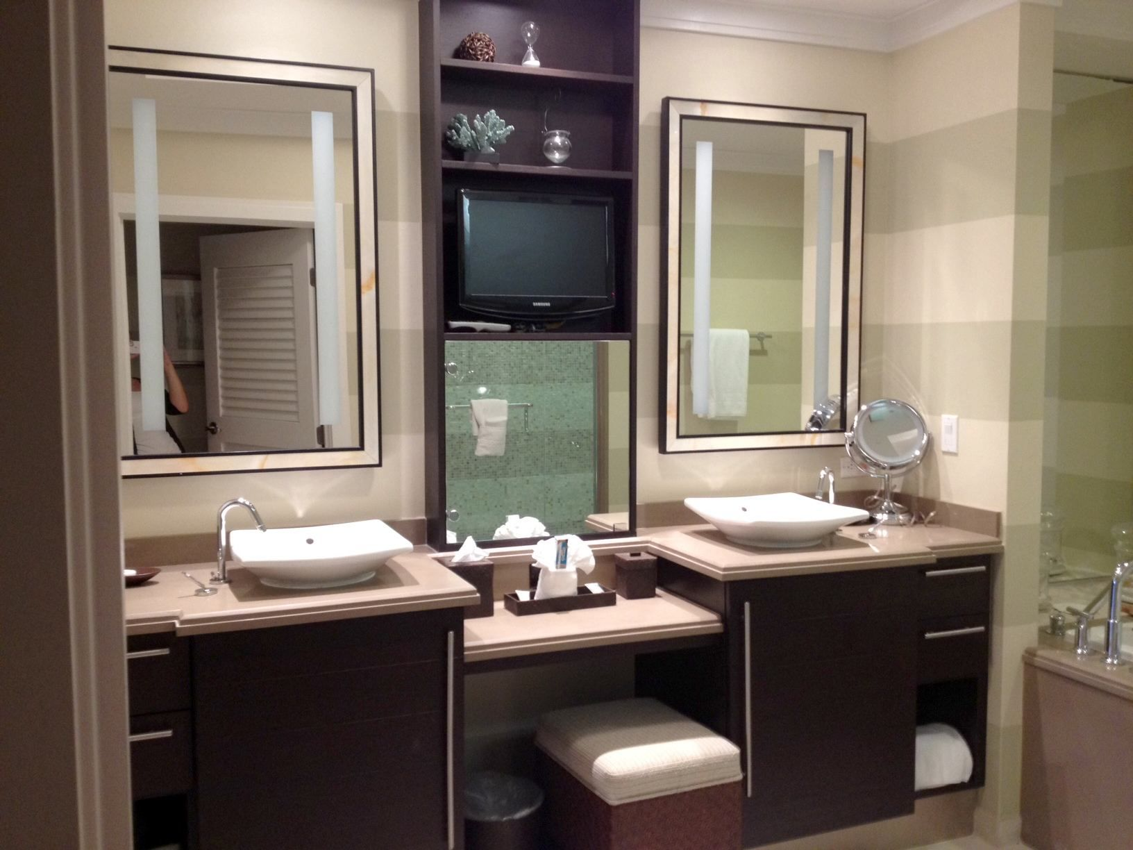 Double bathroom vanity with makeup area - Fabulous Double White Sink Also Side Storage Makeup Vanity With Two Square Wall Mounted Mirror And