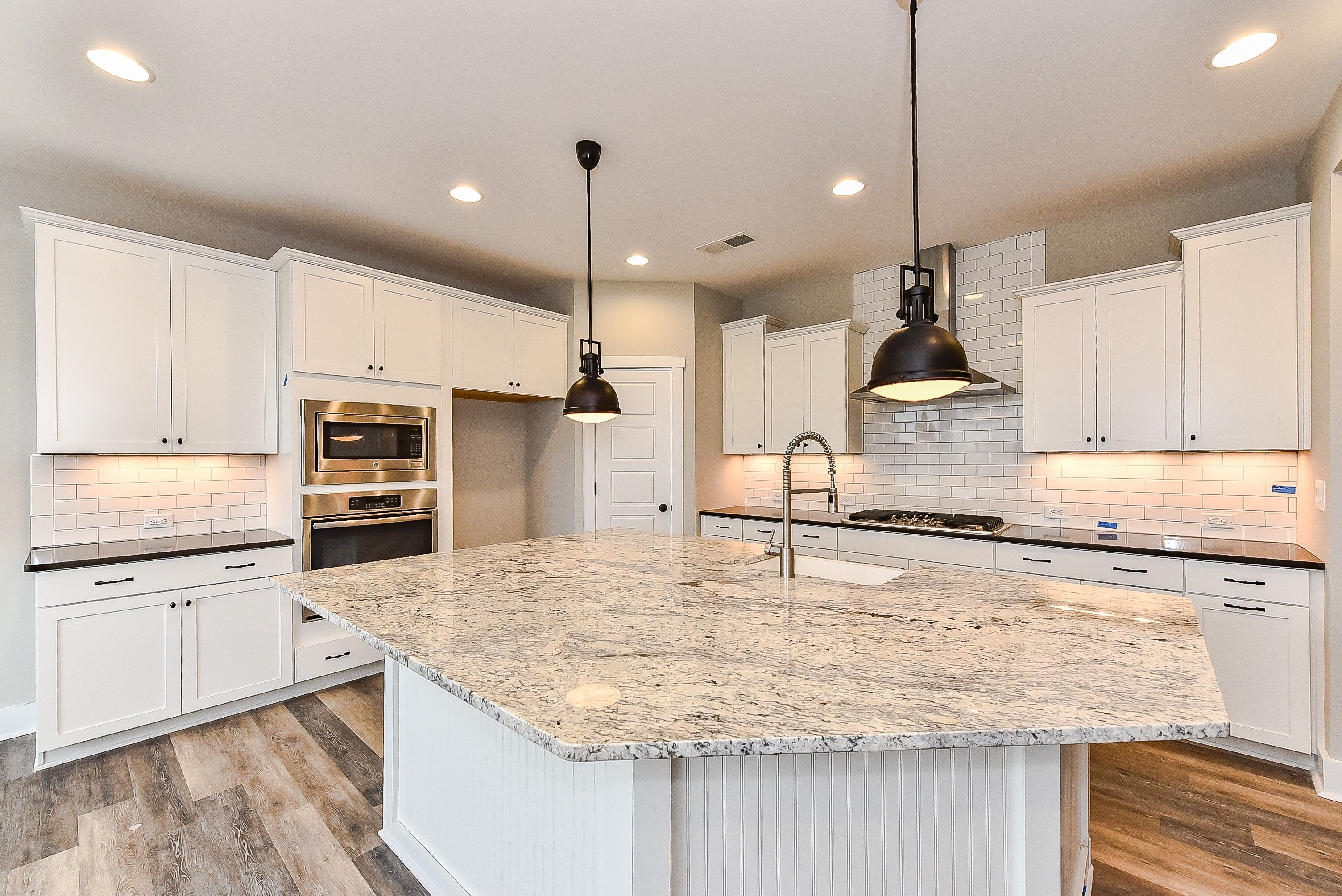 Timberlake Sonoma Linen Cabinets With Shadow Gray Quartz And White