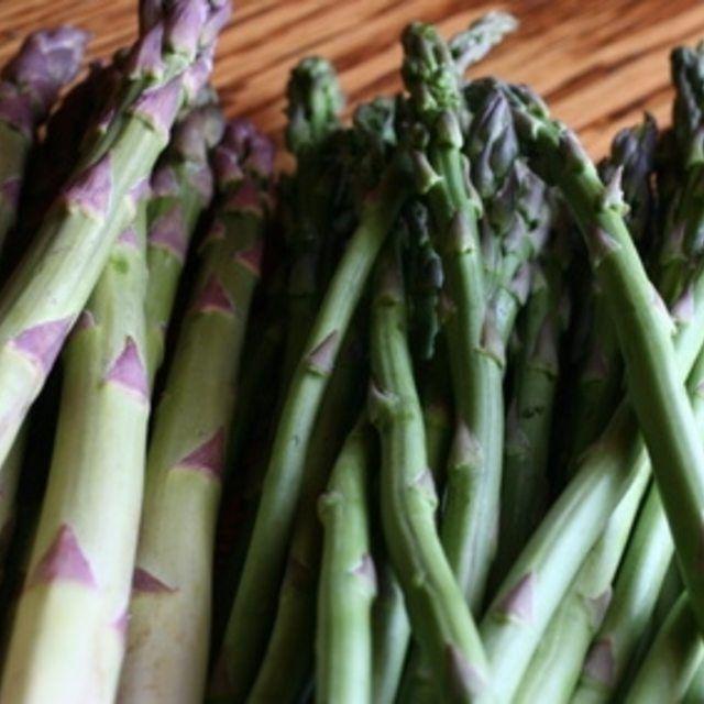 How To Grow Asparagus In A Container Garden Asparagus 400 x 300