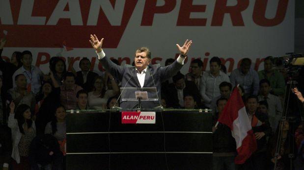 Alan García ofrece reducir la pobreza al 10% para el 2021