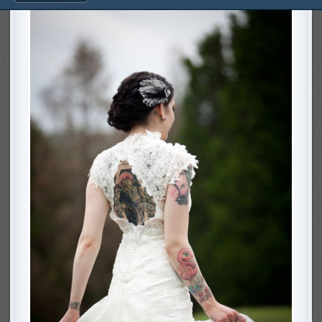 Love this tattooed bride