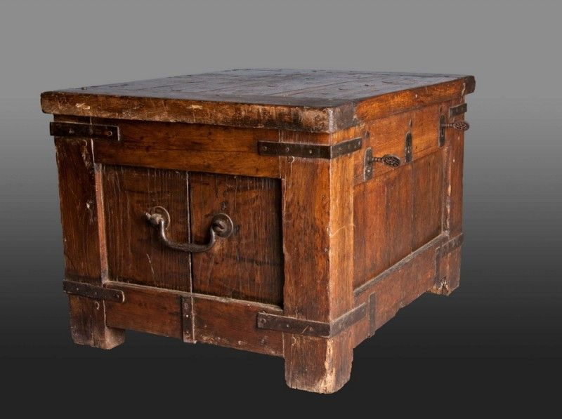 Medieval chest - Polycount Forum - Medieval Chest - Polycount Forum Ironwork Pinterest Medieval
