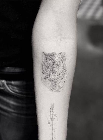 Single Needle Tiger Tattoo By Doctor Woo Tiger Tattoo Small Tattoos For Guys Arm Tattoos