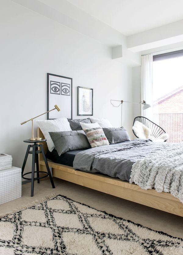 Inspirerend! Stoer en warm deze slaapkamer in grijstinten en ...