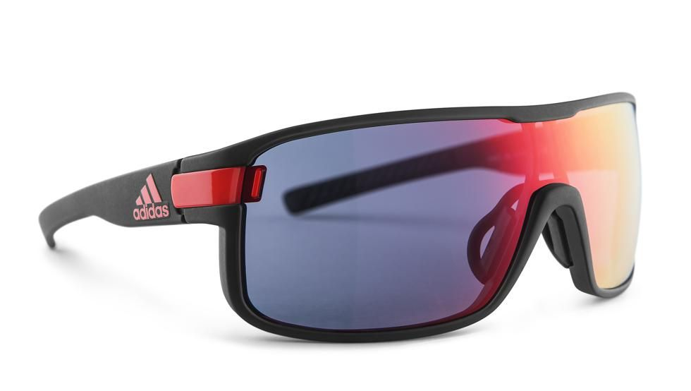 Adidas Sport eyewear presenta el nuevo modelo Zonyk Pro como elección en #gafas multideporte.