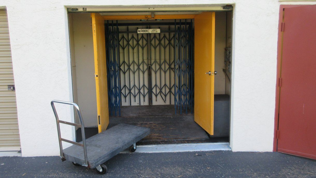 Home Page Self Storage Cardiff By The Sea Cardiff