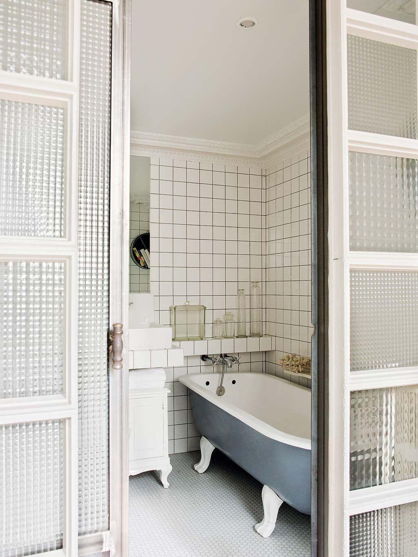 Un Duplex Spectaculaire A La Corogne Renovation Salle De Bain Decoration Salle De Bain Et Petite Salle De Bain